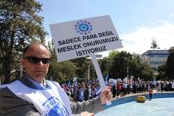 Erzurum'da Memurlar Grevde!...