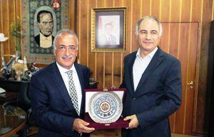 Mkyk Üyesi Efkan Ala, Rektör Çomaklı'yı Ziyaret Etti