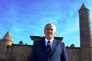 AK Parti İl Başkanı Öz'den kandil mesajı