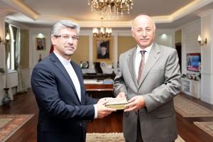 Başkonsolos Soltanzaden'den Vali Azizoğlu'na ziyaret