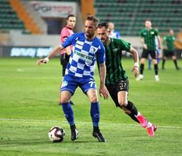 Akhisarspor: 0 - BB Erzurumspor: 0
