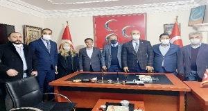 İYİ Partili 3 Meclis üyesi MHP'ye geçti