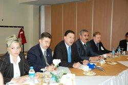 Buzun patronu Erzurum'da konuştu